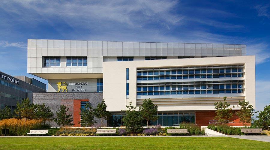伯明翰城市大学