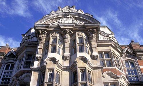 伦敦艺术大学怎么能进去?