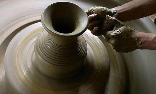 7.20.长沙 | 指尖陶艺,一个瓶子只够装一滴泪。