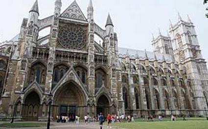 英国伦敦时装学院插画专业申请要求