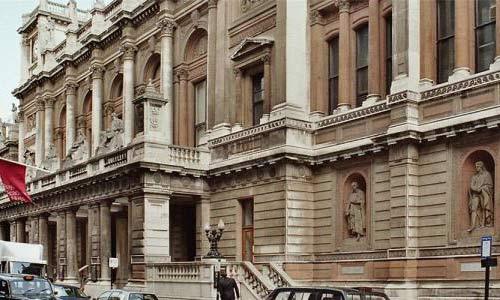 英国皇家艺术学院好怎么申请?