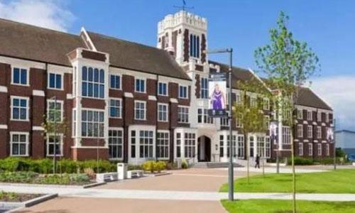 索尔福德大学留学要求是什么?