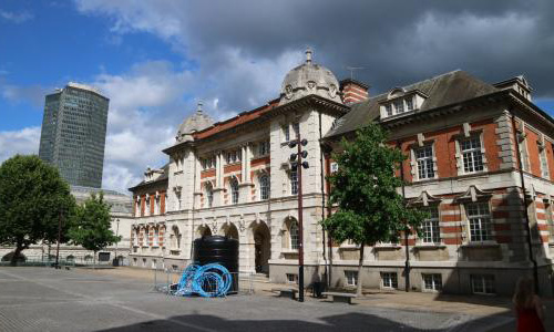 伦敦艺术大学申请条件