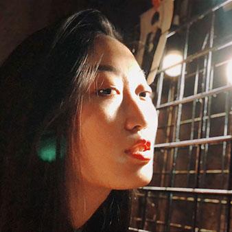 郑州-张奥西-服装设计-马兰欧尼设计学院-硕士