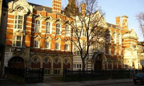 伦敦艺术大学费用