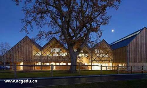 藝術中心設計學院容易申請嗎?