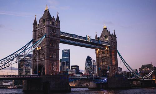 伦敦时装学院摄影专业留学条件