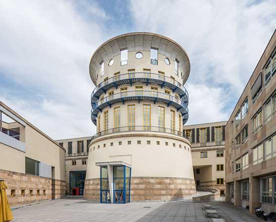 Stuttgart HfM: Staatliche Hochschule für Musik und Darstellende Kunst Stuttgart