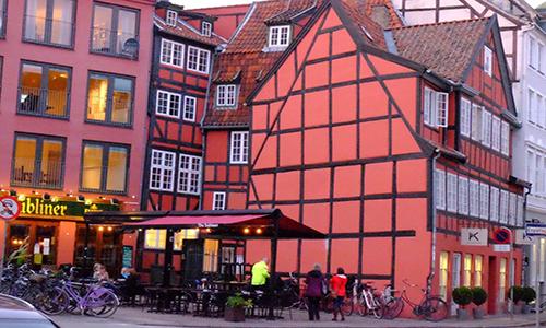 丹麦皇家�艺术学院靠什么搏出位?